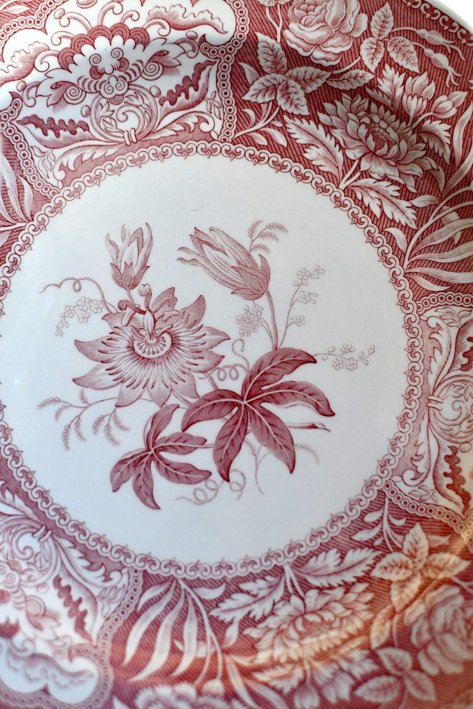 Spode Archive Collection Georgian Series 'Floral' | ©homeiswheretheboatis.net #valentinesday #flowers