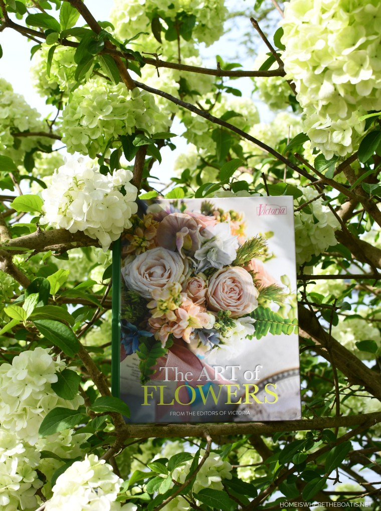 The Art of Flowers and Snowball Viburnum | ©homeiswheretheboatis.net #flowers #book #giveaway