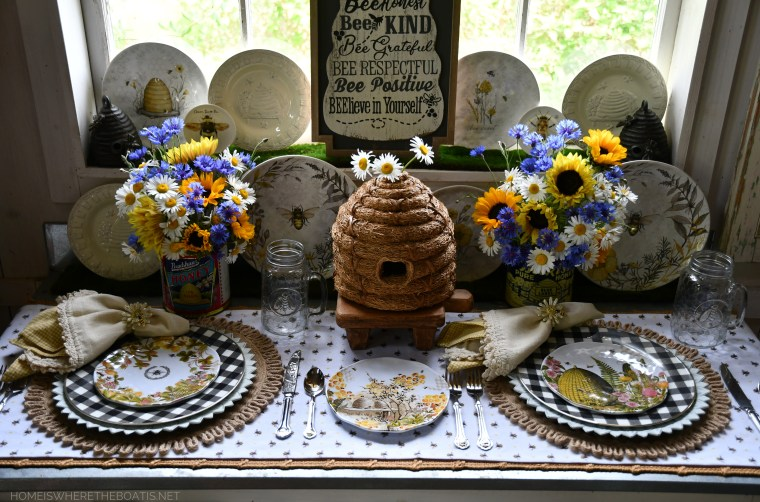 Hive Rules in the Potting Shed + World Bee Day | ©homeiswheretheboatis.net #bees #tablescapes
