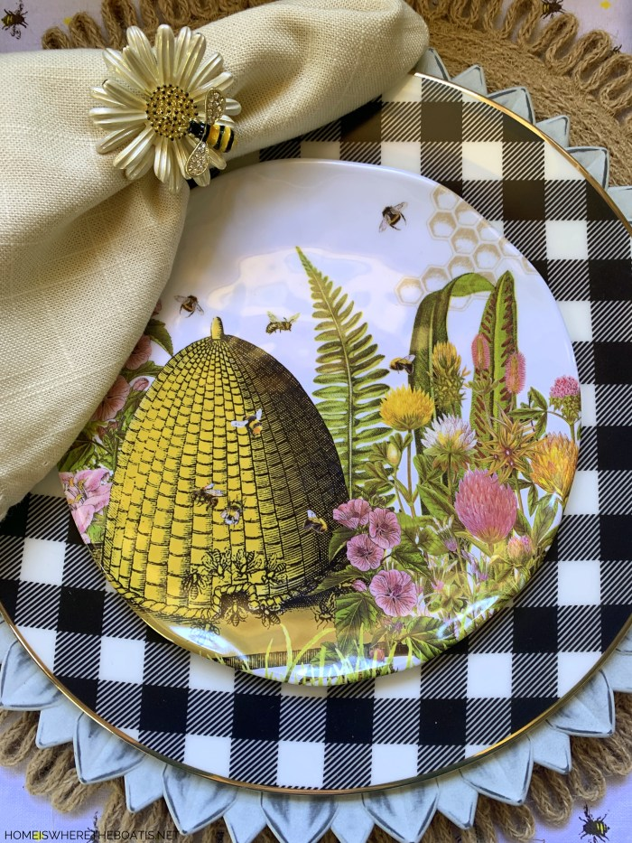Bee skep plates and tablescape | ©homeiswheretheboatis.net #bees #tablescapes