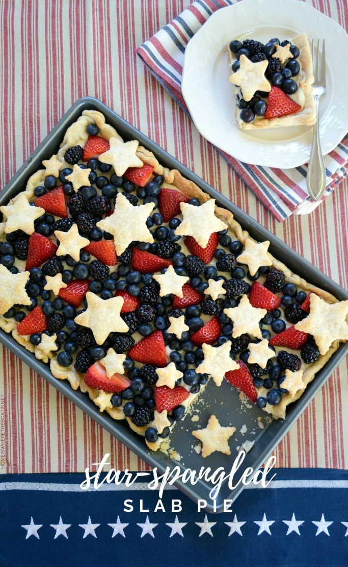 Star-Spangled Slab Pie! An easy and oh so good dessert to celebrate the Red, White & Blueberry! | ©homeiswheretheboatis.net #patriotic #July4th #MemorialDay #pie #dessert