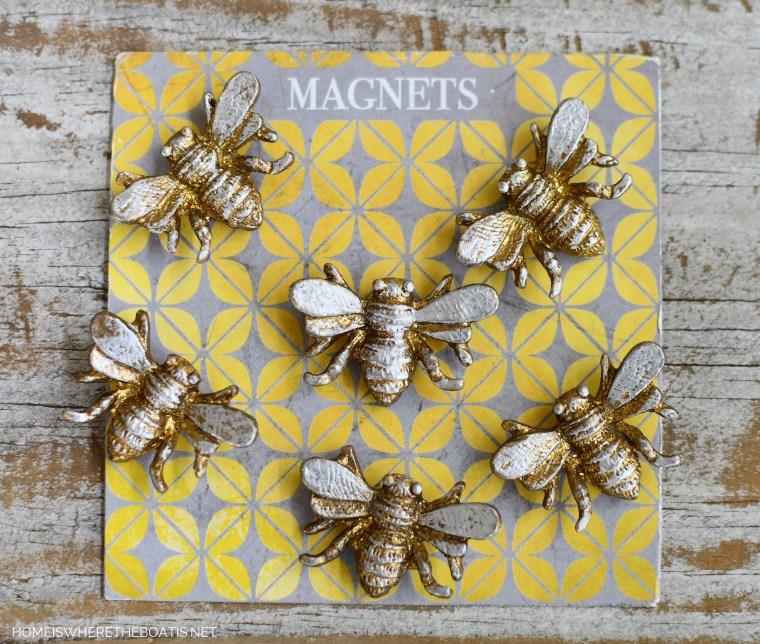 Bee magnets | ©homeiswheretheboatis.net #flowers #hydrangeas #DIY #garden #bees #nationalpollinatorweek