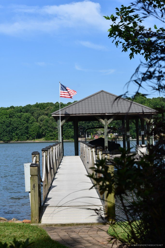 American flag on dock | ©homeiswheretheboatis.net #lake #flag #4thofjuly