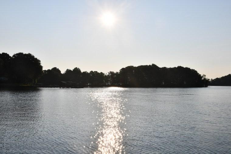 Weekend Waterview: The Dog Days of Summer   ©homeiswheretheboatis.net #lake #LKN