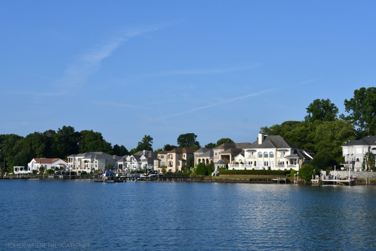 Weekend Waterview: The Dog Days of Summer   ©homeiswheretheboatis.net #lake