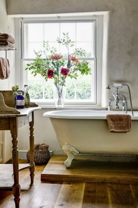 Typical Features of Provence Style Bathrooms   Home Interior Design     0 Provence style bathroom interior design vintage retro