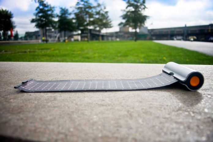 ROLLABLE SOLAR CHARGER