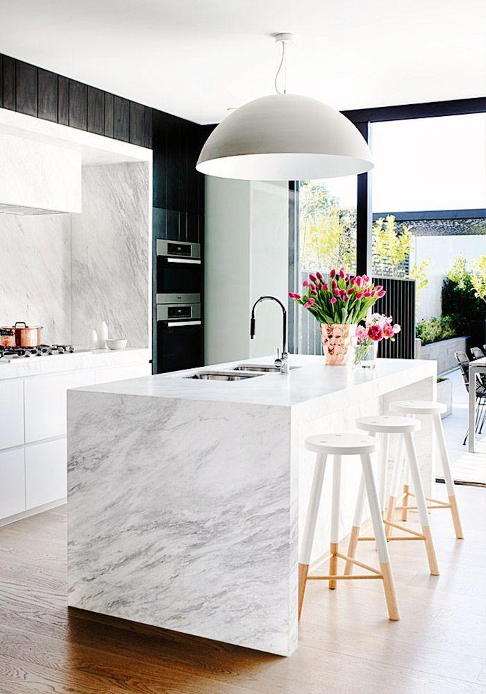 White Marble Kitchen With Island Novocom Top