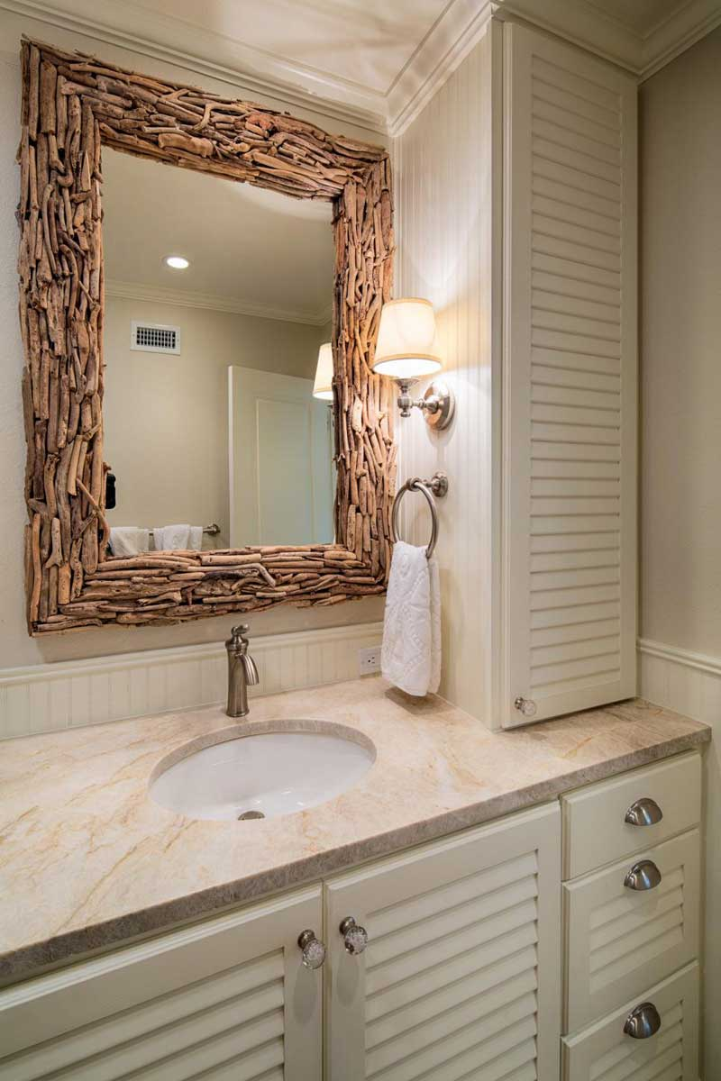 Ideas For Wall Decor In Bathroom
