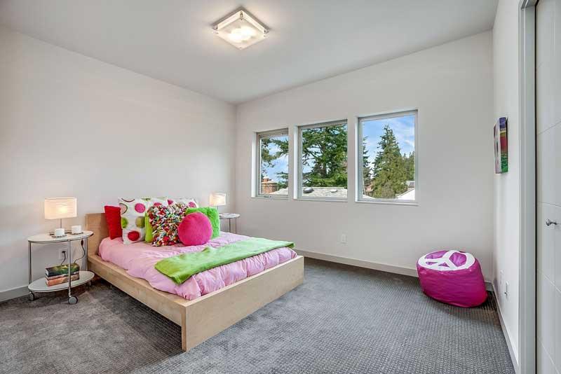 Minimalist Teenage Girl Bedroom