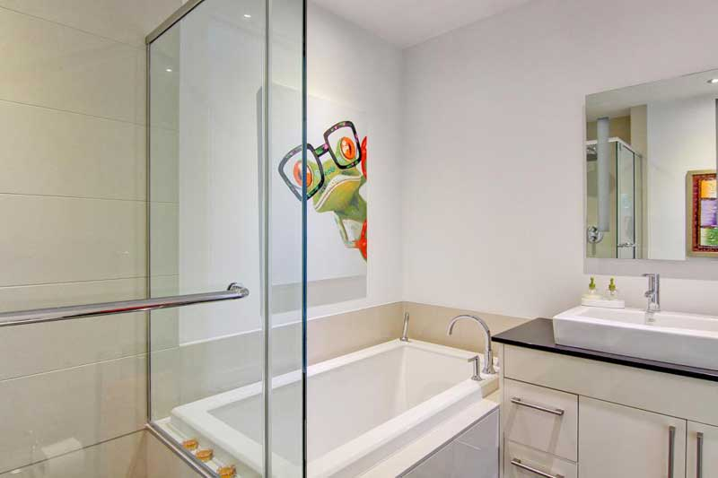 Pop Art, Bathroom Wall Decor Ideas