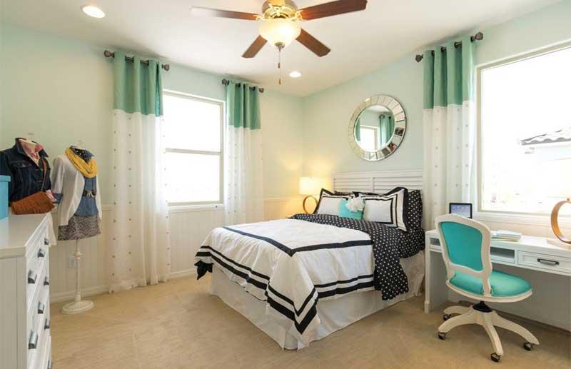 Teenage Girl Bedroom With Polka Dot Bedding