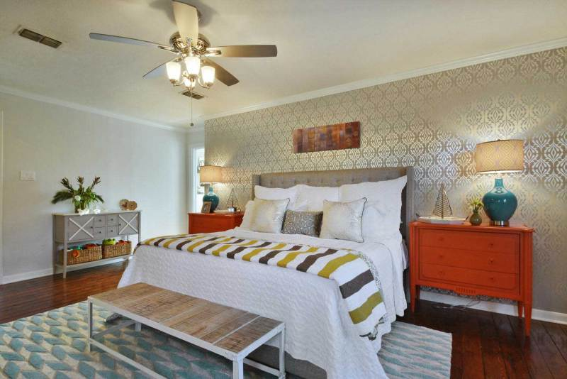 master bedroom with decorative ceiling fan light