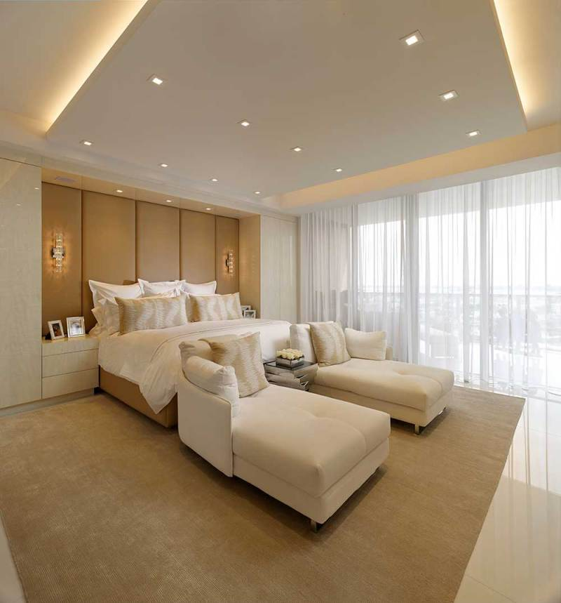 master bedroom with recessed ceiling lights
