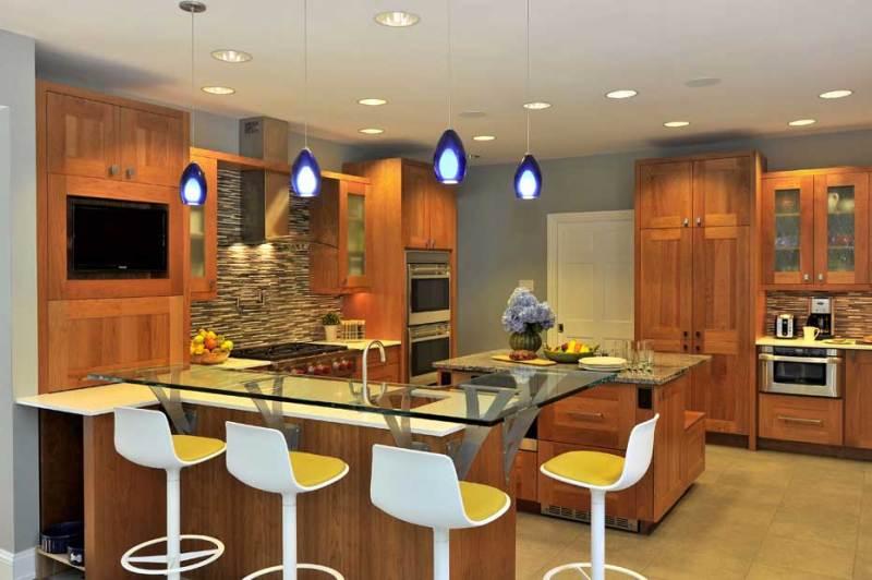 kitchen with cobalt blue pendant light