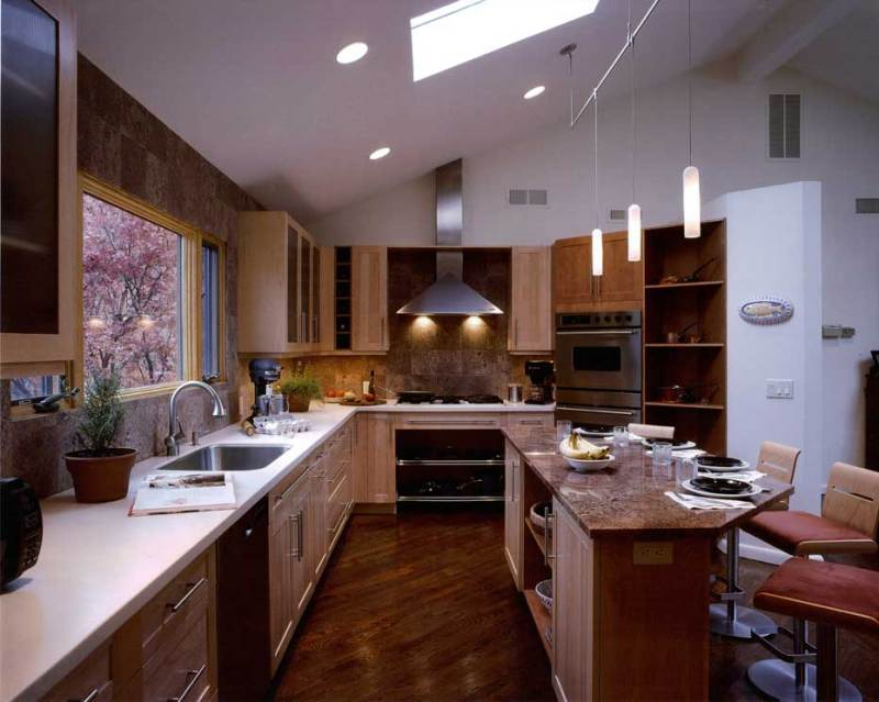 kitchen with track tube pendant light