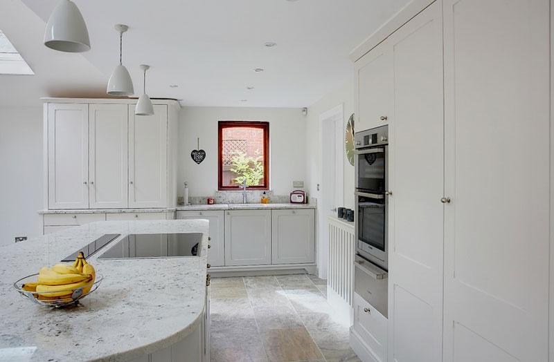 Colonial White Granite Honed