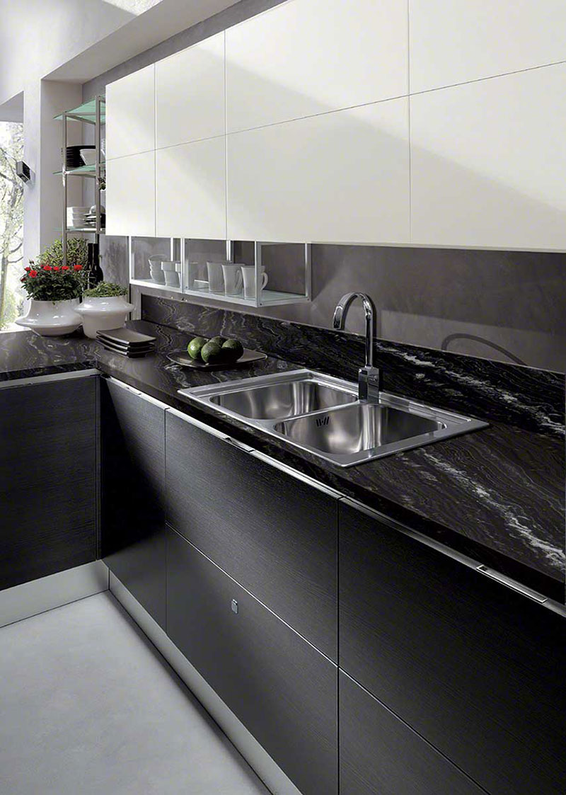Kitchen Cabinets With Black Granite Countertops