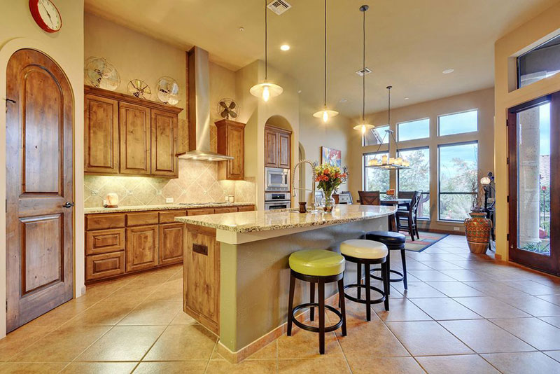 Oak cabinets with new venetian gold granite