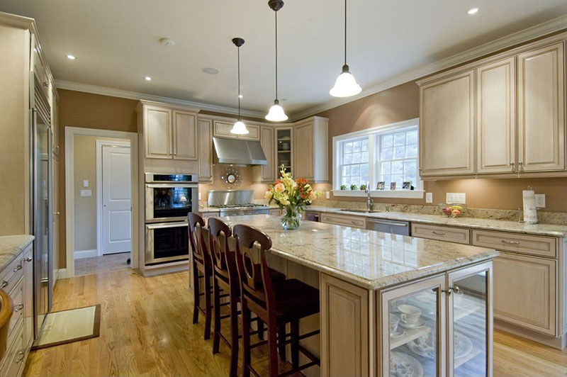 River white granite countertops pictures cost pros cons for Pros and cons of white kitchen cabinets
