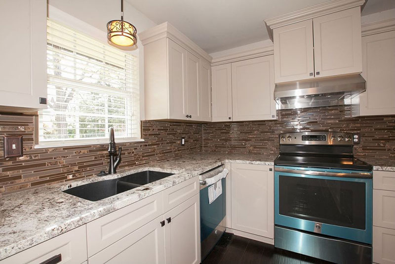 Alaska White Granite Countertops (Design, Cost, Pros and Cons) on Granite Countertops With Backsplash  id=35204