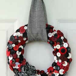 Upcycled Button Wreath Tutorial