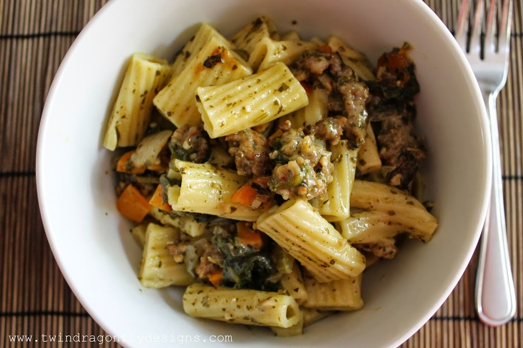Crock Pot Sausage Pesto Pasta Recipe