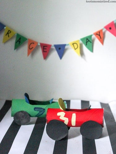 toilet paper roll race car crafts for toddlers and preschoolers