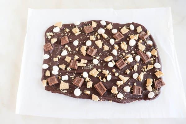 The Best S'mores Bark Process