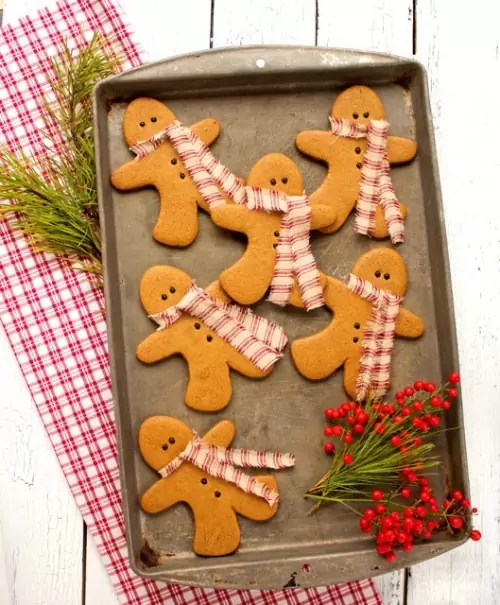 http://thebearfootbaker.com/2013/12/gingerbread-men-cookies/