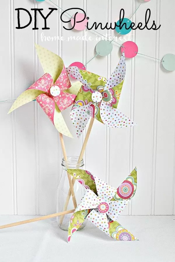 A fun summer activity for kids. Learn how to make your own pinwheels!