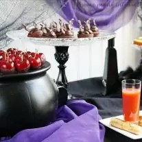 Fun and easy food ideas for a Disney Villains party to celebrate the premiere of The Disney Channel's Descendants.