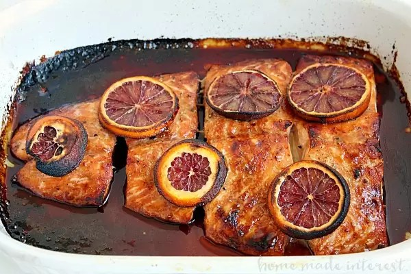 This salmon recipe is so easy to make and everyone in your family will love it. This easy salmon recipe is made with a sweet and salty blood orange glaze for a light, fresh fish dinner. Serve it with some noodles and broccoli and you have a complete meal.