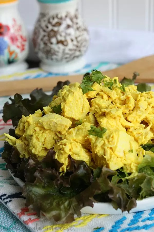 This easy turmeric chicken salad is full of flavor and healthy benefits like antioxidants. It is a healthy low carb lunch or dinner recipe that you can make ahead of time.
