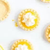 Lemon Curd Tartlets with baked meringue on top