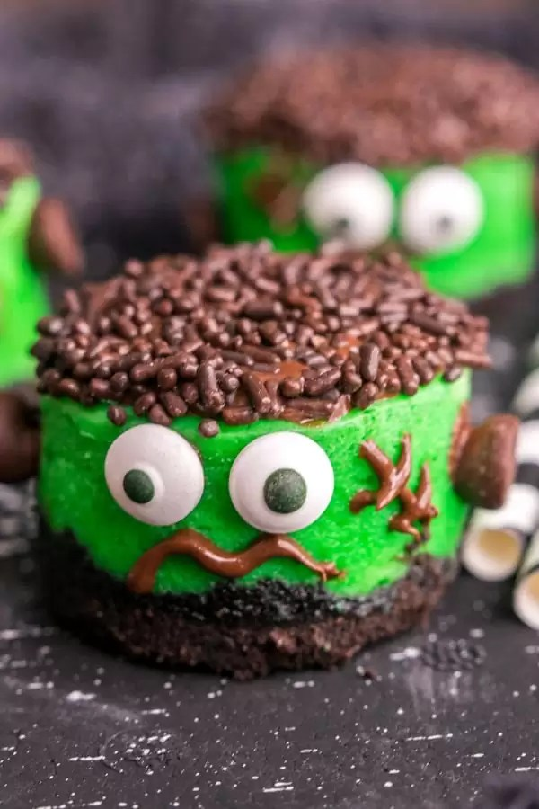 cute Mini Frankenstein Cheesecakes