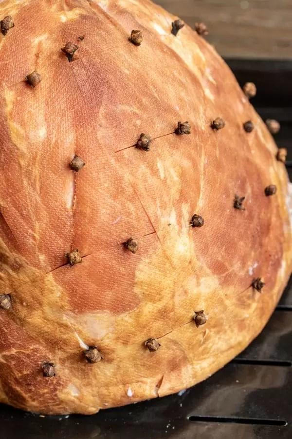 How to make a honey glazed ham