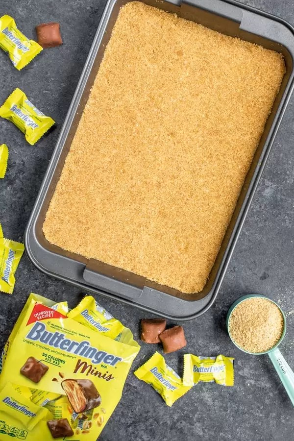 crust for Butterfinger S'mores Bars