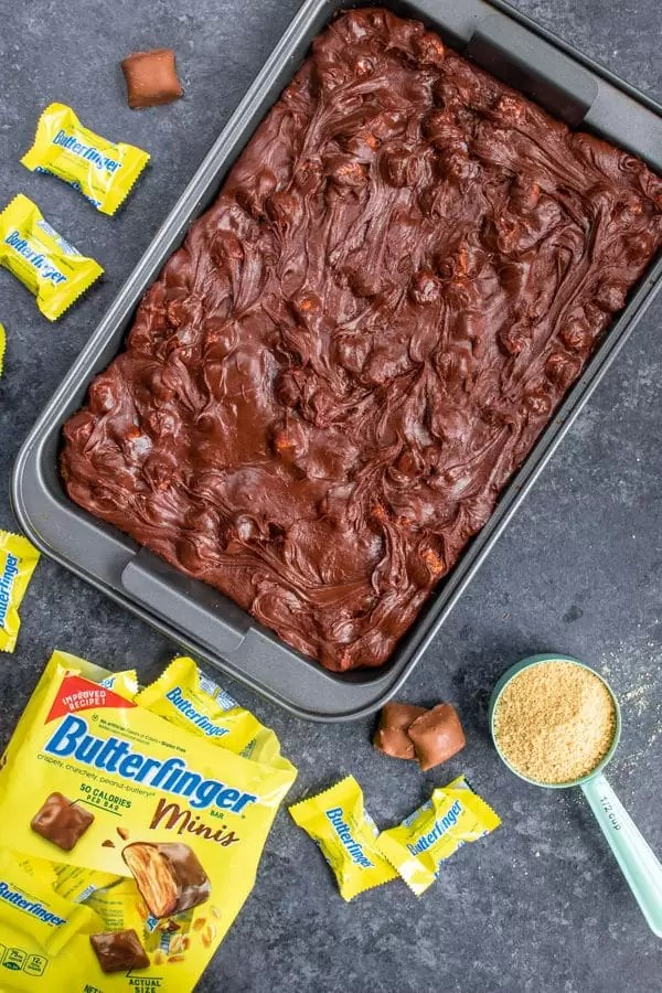 layering the Butterfinger S'mores Bars