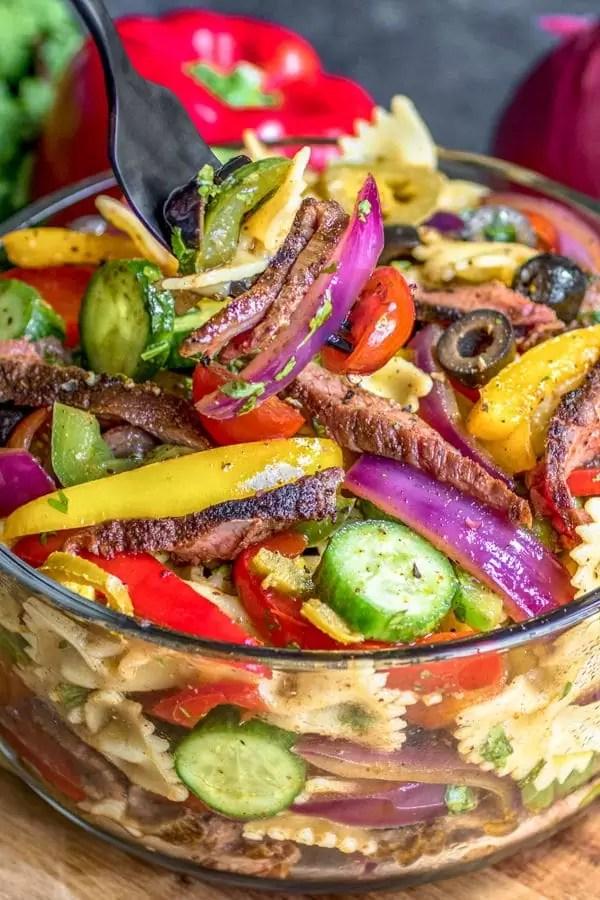 how to make Steak Fajita Pasta Salad