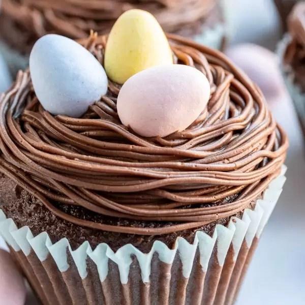 Nido de pájaro Cupcakes de Pascua postre perfecto de Pascua