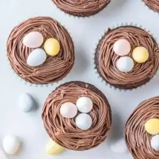 Bird's Nest Easter Cupcakes perfect Easter dessert for kids