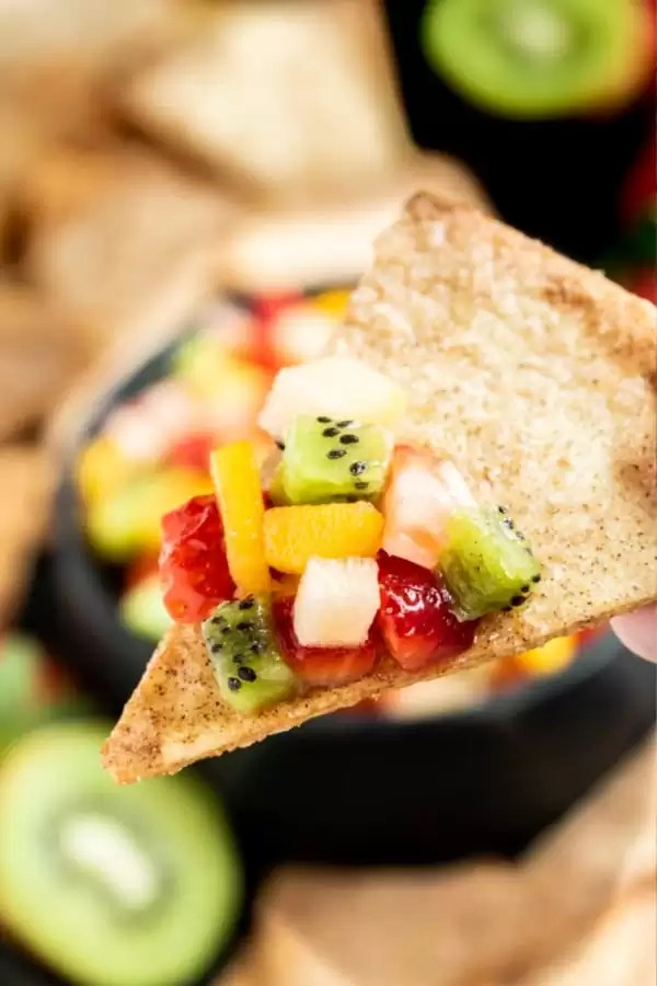 easy Fruit Salsa with Cinnamon Chips