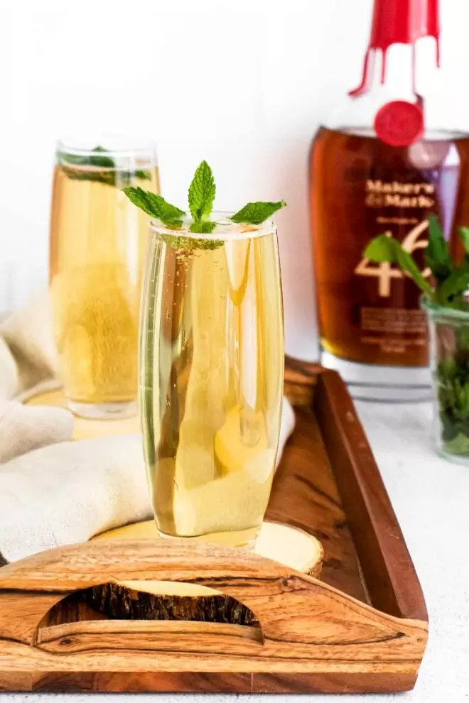 Mint Julep on a wooden tray