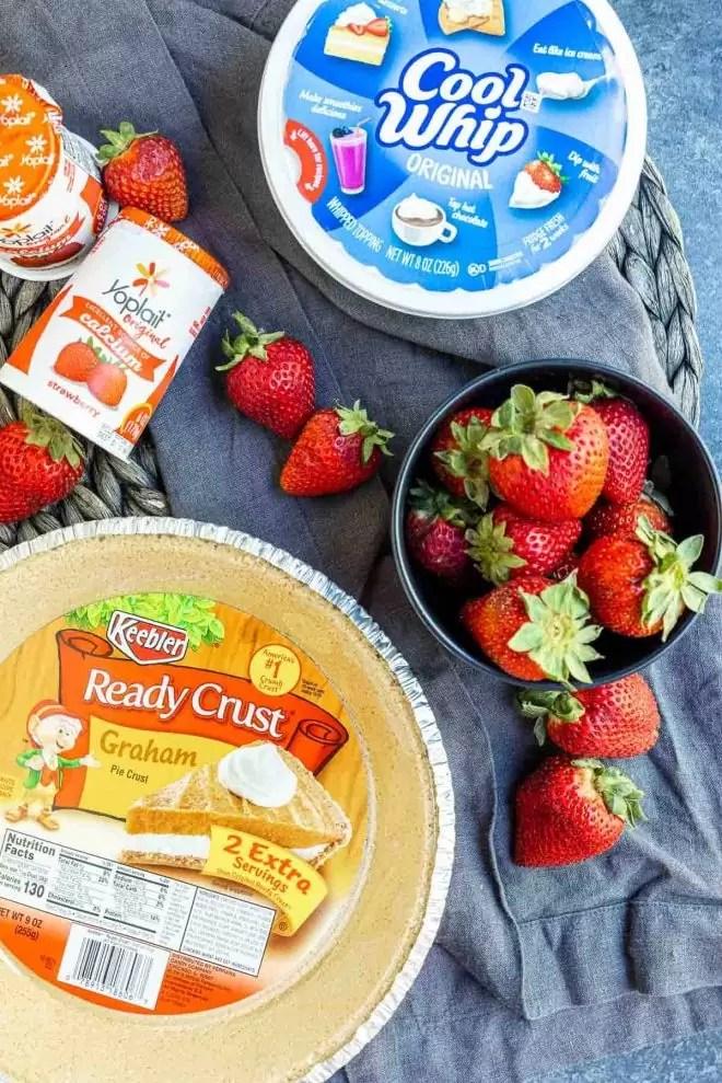 ingredients for Frozen Strawberry Pie