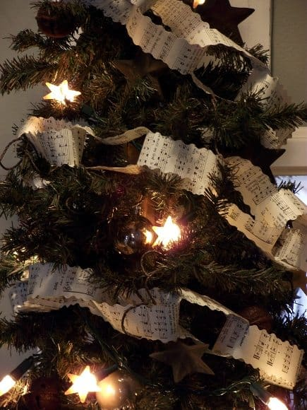 DIY Upscale Paper Chain Tree Garland from Sheet Music