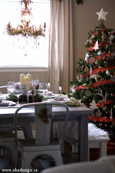 dining room and tree