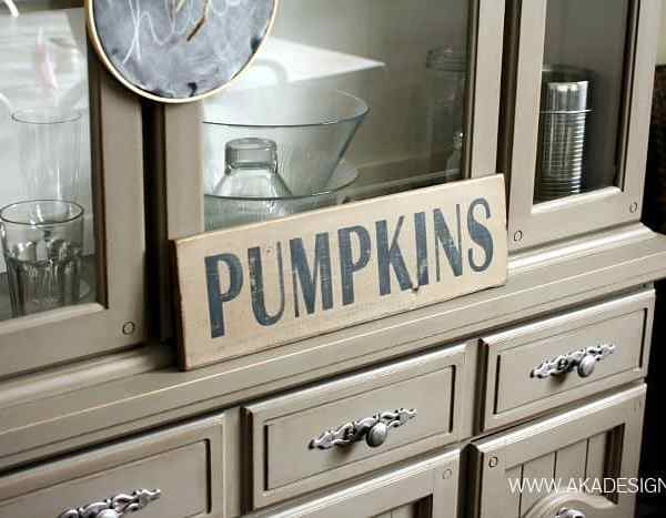 PUMPKINS WOOD SIGN SILHOUETTE STENCIL | WWW.AKADESIGN.CA