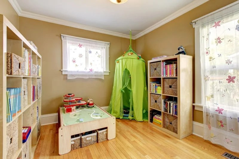 tips for organizing kid's rooms