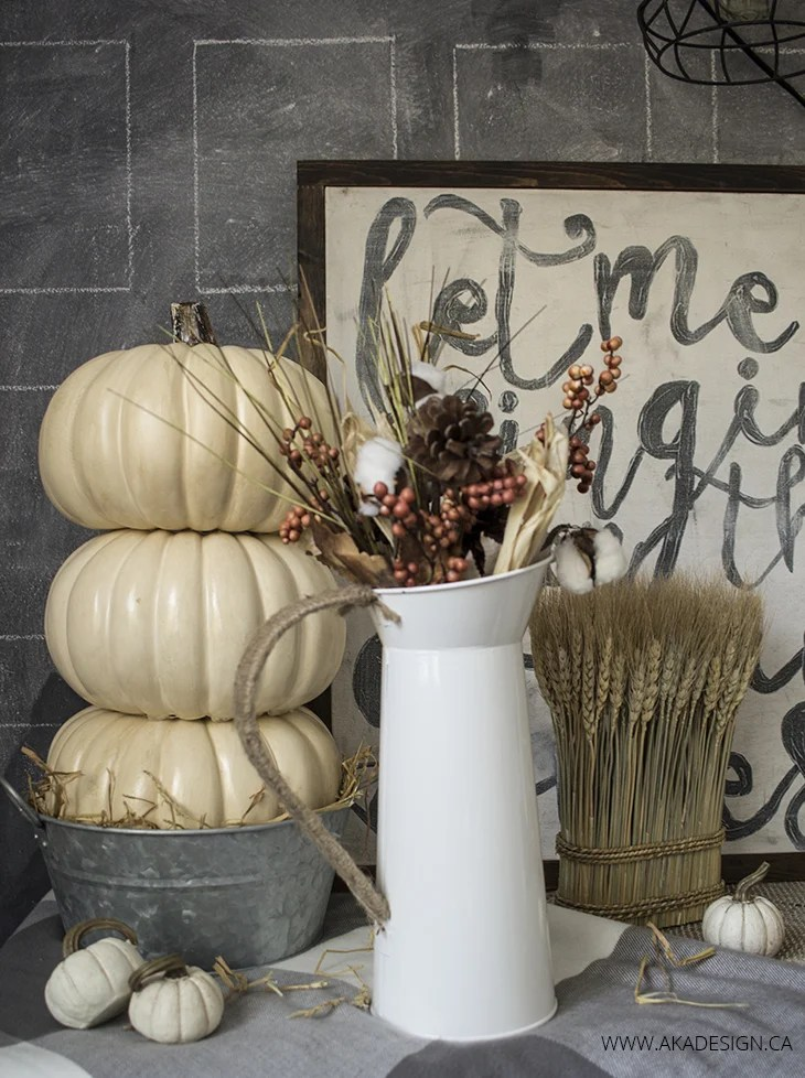 neutral fall vignette